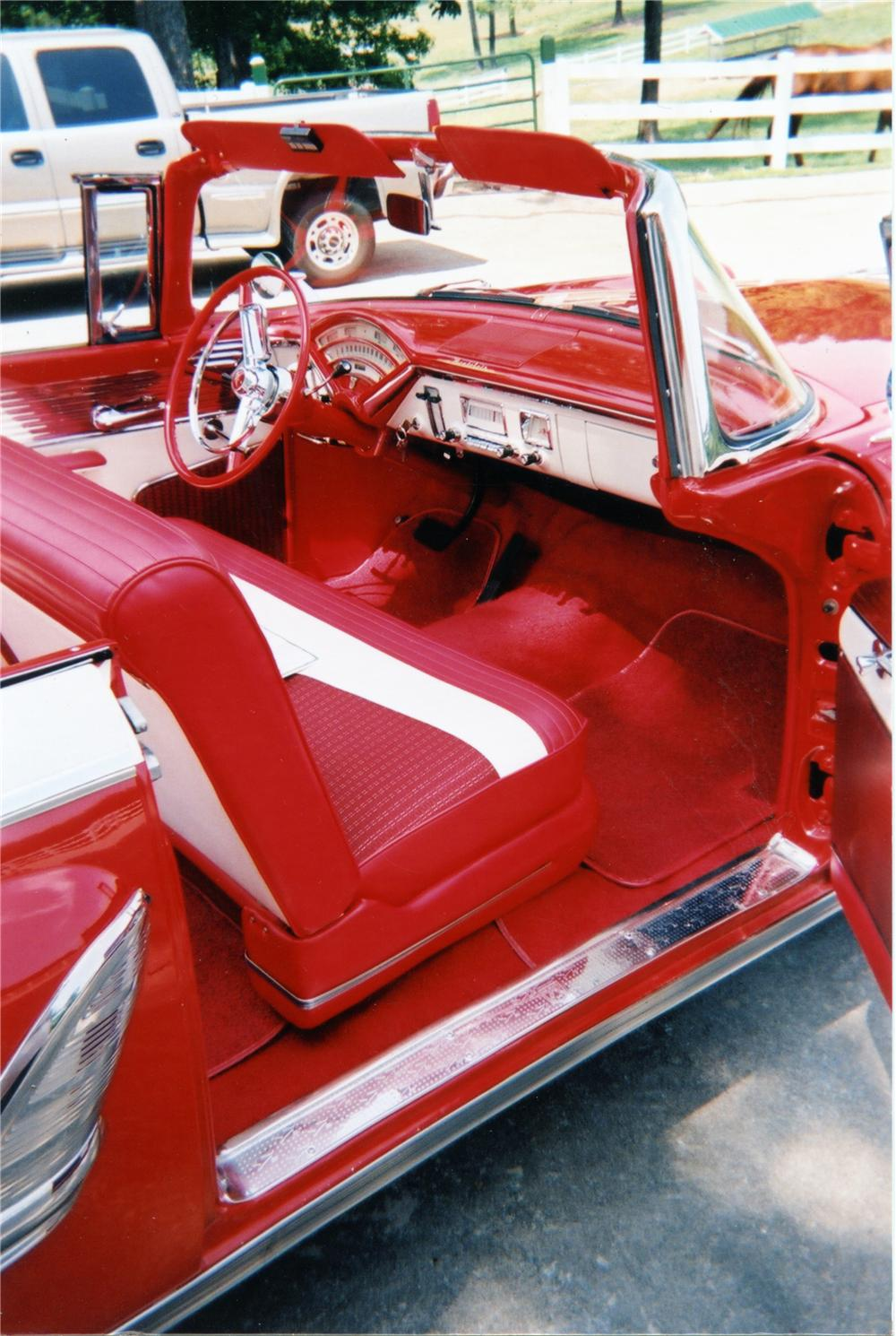 1955 MERCURY MONTCLAIR CONVERTIBLE - Interior - 75016
