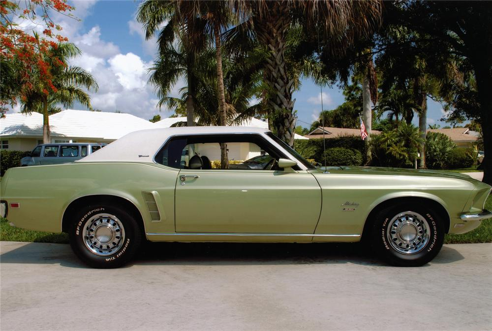 1969 FORD MUSTANG HARDTOP - Side Profile - 75064