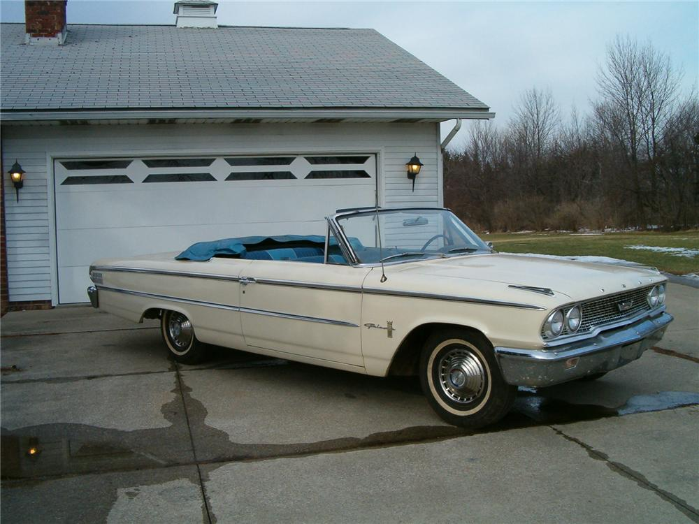 1963 FORD GALAXIE 500 CONVERTIBLE - Front 3/4 - 75066