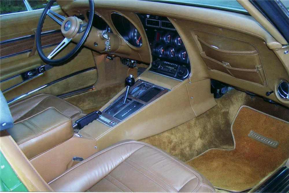 1972 CHEVROLET CORVETTE COUPE - Interior - 75112
