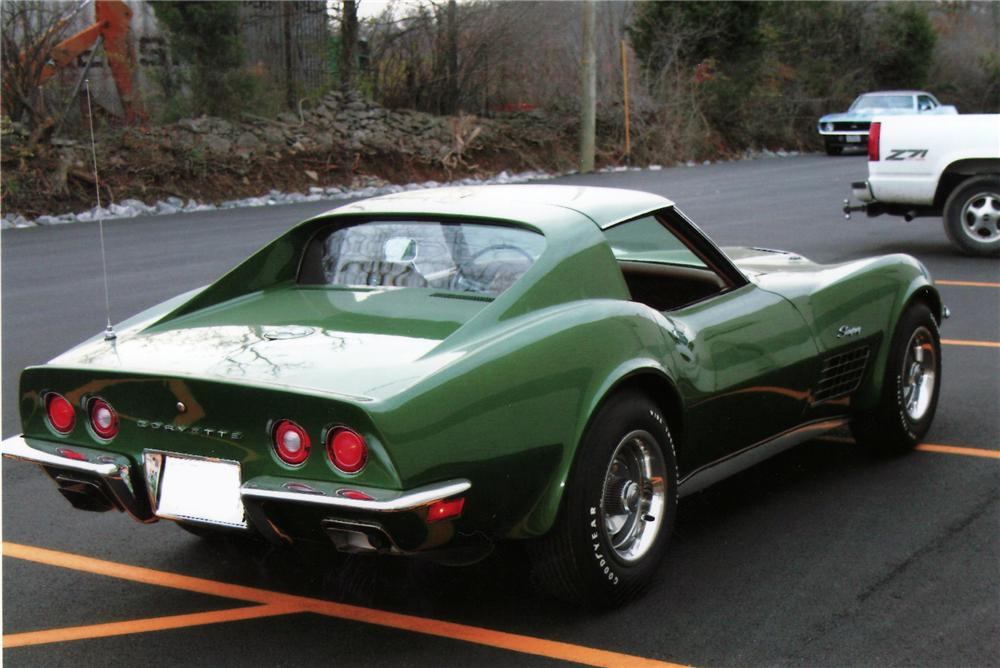 1972 CHEVROLET CORVETTE COUPE - Rear 3/4 - 75112