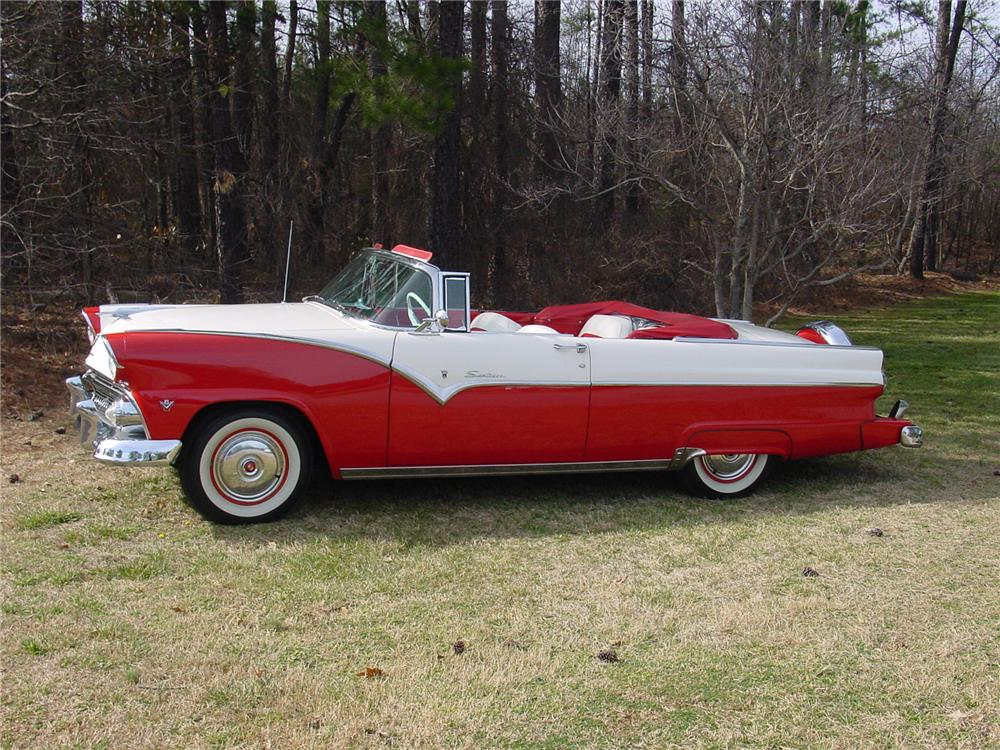 1955 FORD FAIRLANE SUNLINER CONVERTIBLE - Side Profile - 75114