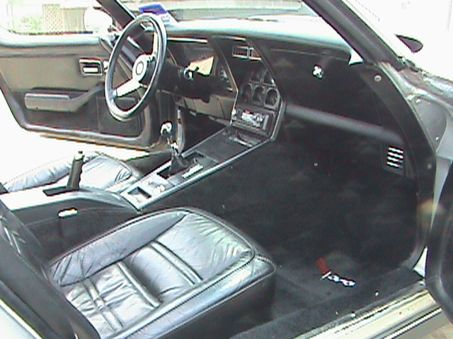 1978 CHEVROLET CORVETTE COUPE 25TH ANNIVERSARY EDITION - Interior - 75119