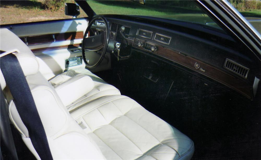 1977 CADILLAC ELDORADO 2 DOOR COUPE - Interior - 75144