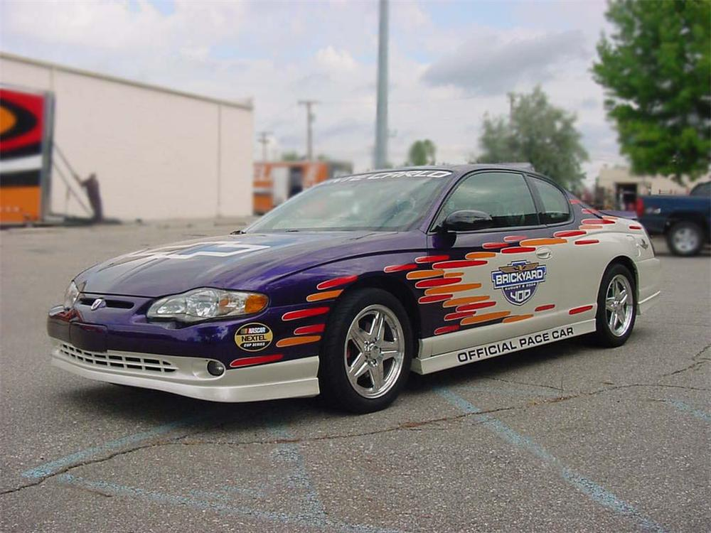 2004 chevrolet monte carlo brickyard 400 pace car 75206. Black Bedroom Furniture Sets. Home Design Ideas