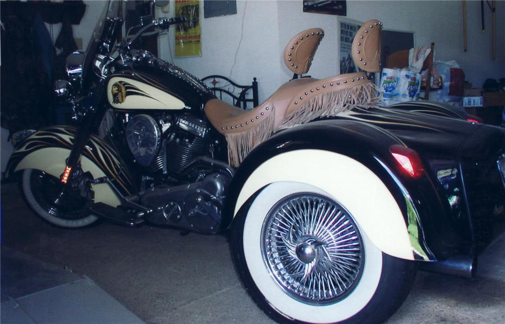 2002 INDIAN CHIEF CUSTOM MOTORCYCLE - Side Profile - 75267