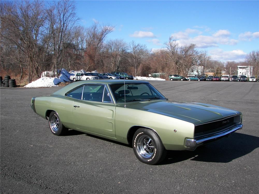 1968 DODGE CHARGER R/T COUPE - Front 3/4 - 75268