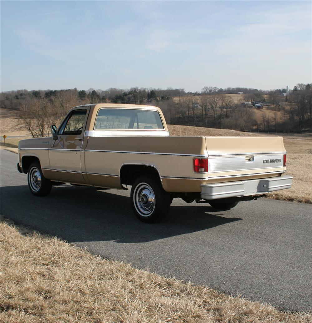 1976 CHEVROLET SILVERADO PICKUP - Rear 3/4 - 75282