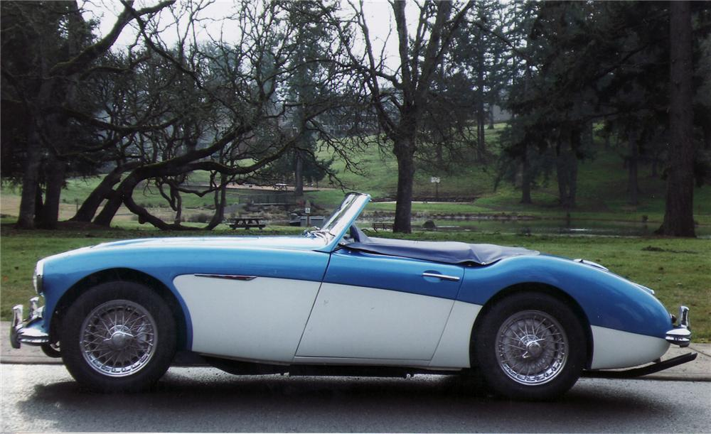 1960 AUSTIN-HEALEY 3000 BN7 ROADSTER - Side Profile - 75326
