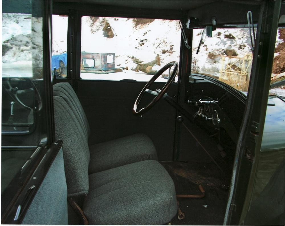 1926 ESSEX 2 DOOR SEDAN - Interior - 75329