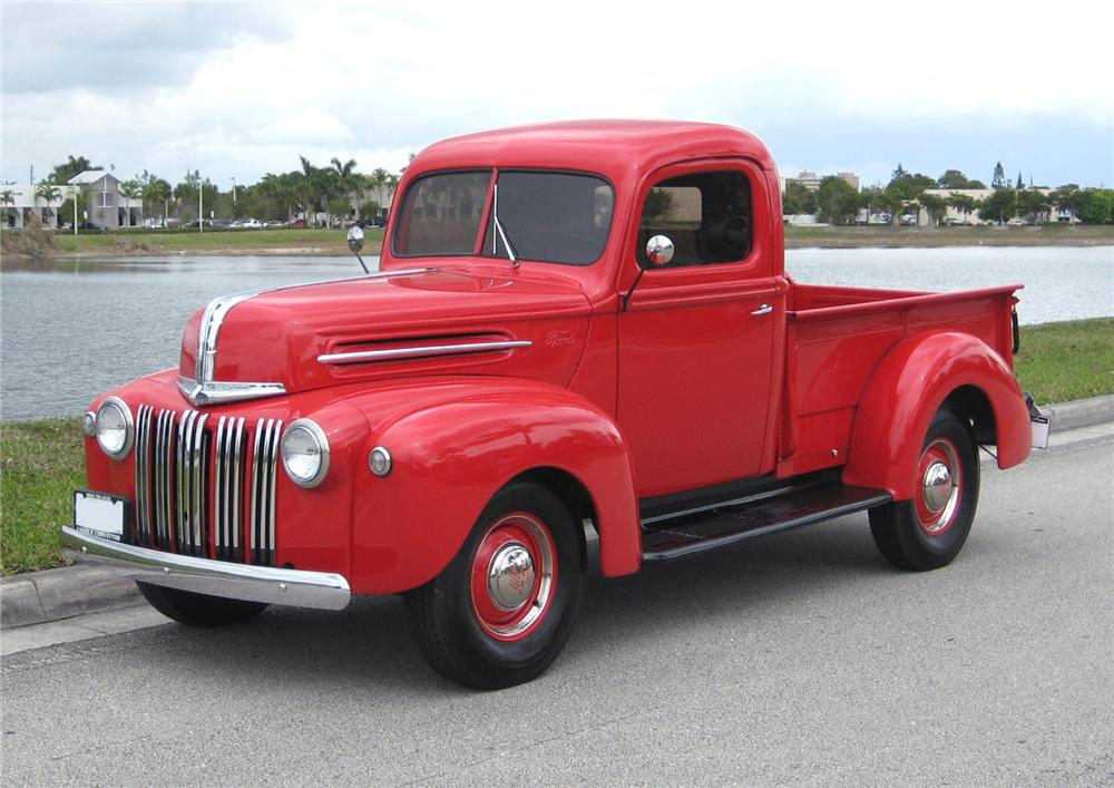 1945 FORD COMMERCIAL 1/2 TON PICKUP - Front 3/4 - 75344