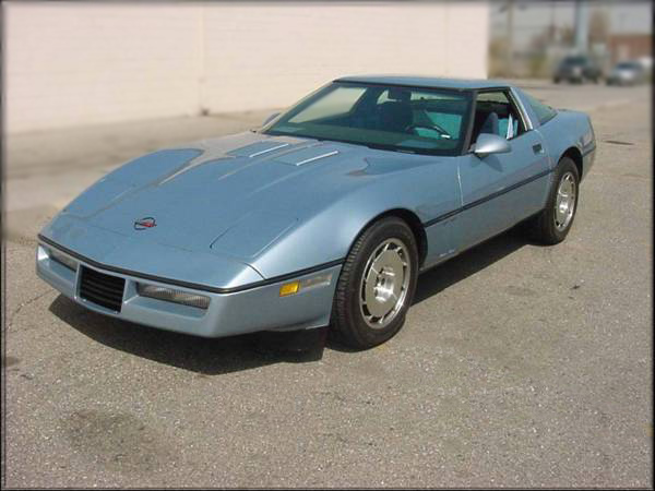 1988 CHEVROLET CORVETTE TWIN-TURBO COUPE - Front 3/4 - 75355