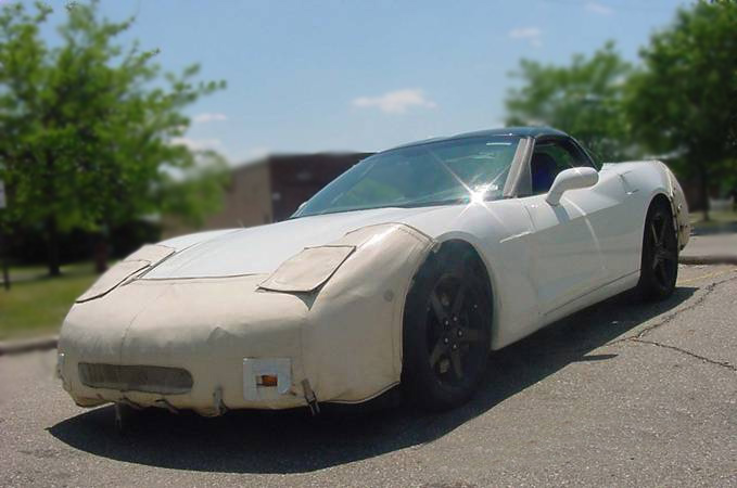 2005 CHEVROLET CORVETTE COUPE C-6 TEST MULE - Front 3/4 - 75357
