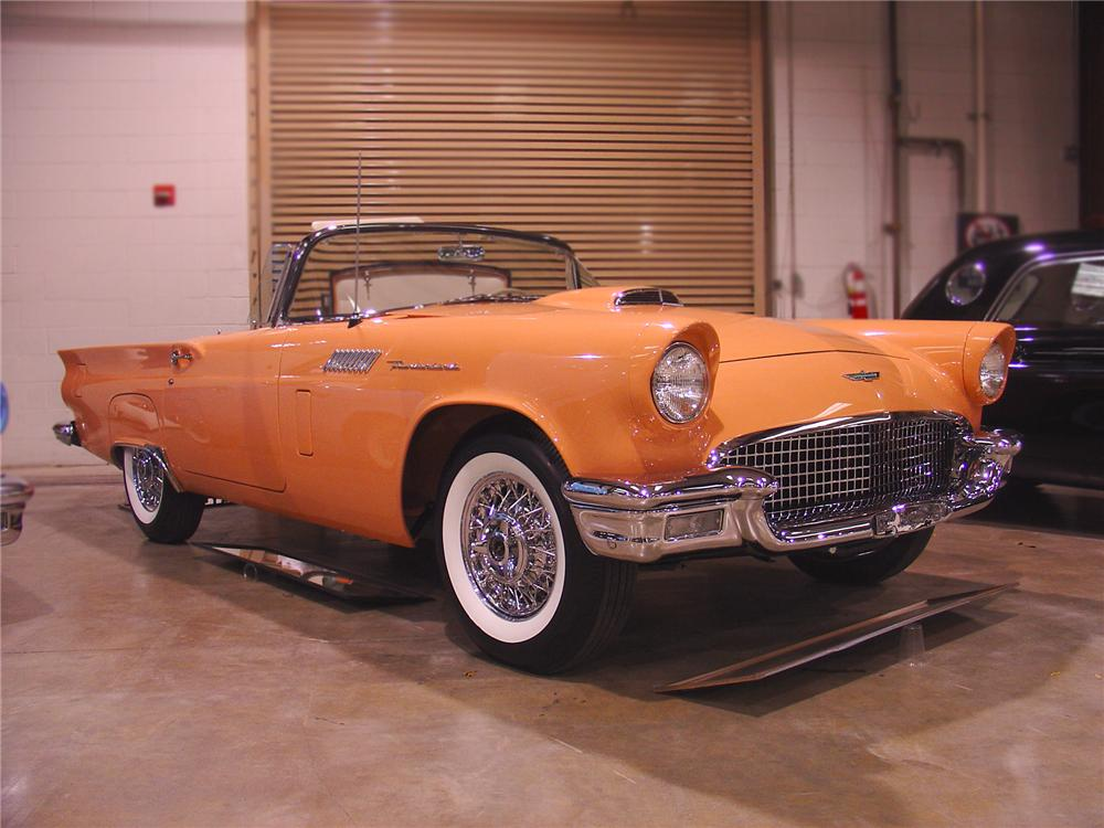 1957 FORD THUNDERBIRD CONVERTIBLE - Front 3/4 - 75372