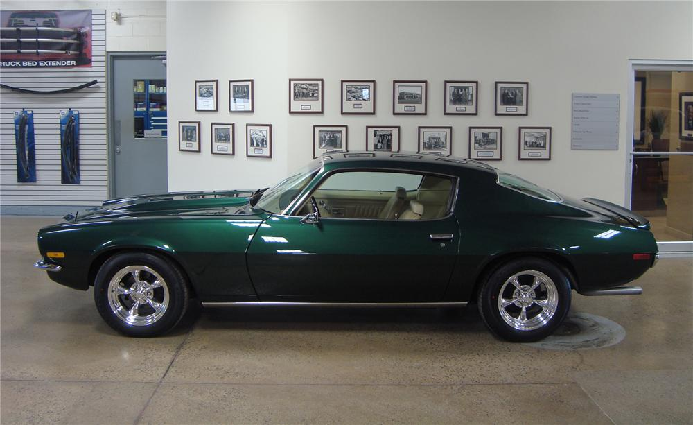 1970 CHEVROLET CAMARO CUSTOM SPORT COUPE - Side Profile - 75426