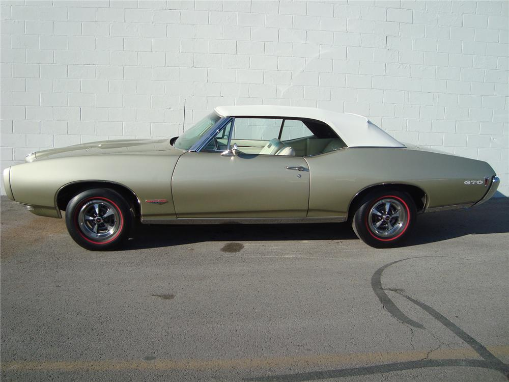 1968 PONTIAC GTO CONVERTIBLE - Side Profile - 75442