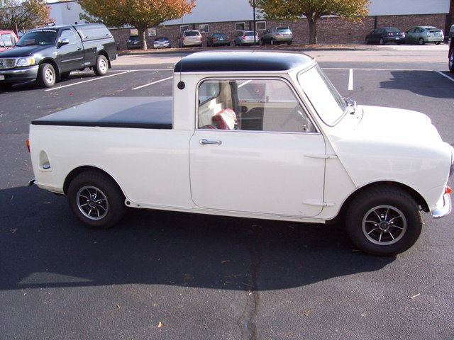 1963 austin mini cooper pickup 75463. Black Bedroom Furniture Sets. Home Design Ideas