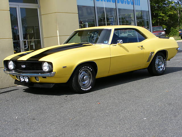 1969 CHEVROLET CAMARO SS COUPE - Front 3/4 - 75482