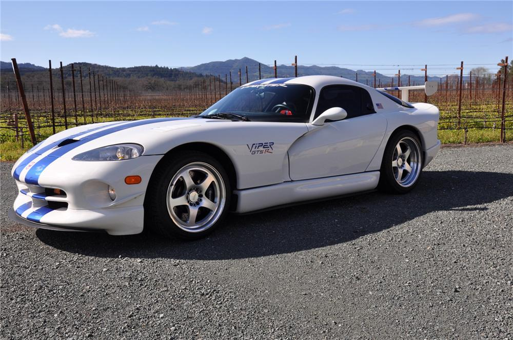 1998 DODGE VIPER GTS-R COUPE - Side Profile - 75496