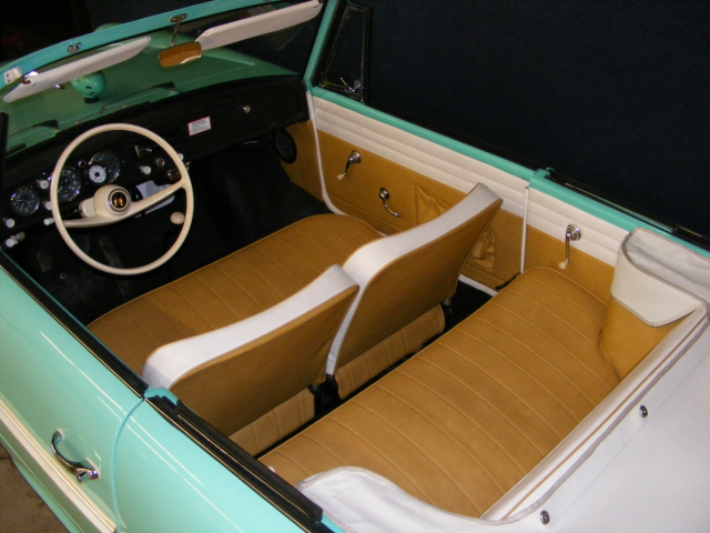 1967 AMPHICAR 770 CONVERTIBLE - Interior - 75500