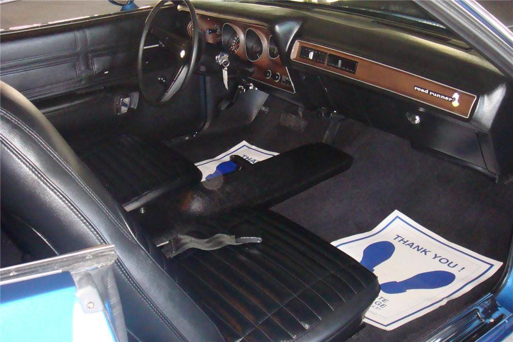 1971 PLYMOUTH ROAD RUNNER 2 DOOR HARDTOP - Interior - 75504