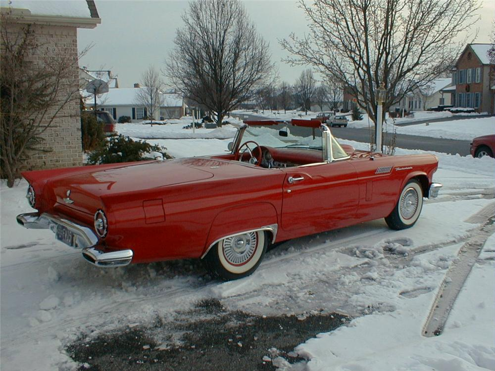 1957 FORD THUNDERBIRD E CONVERTIBLE - Rear 3/4 - 75519