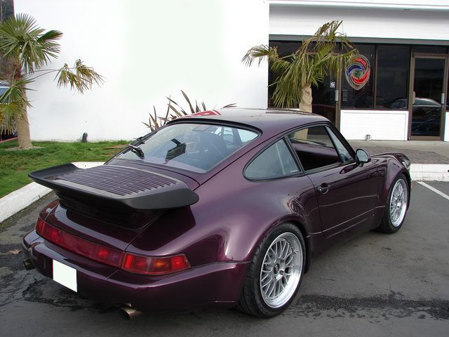 1991 PORSCHE 911 TURBO COUPE - Rear 3/4 - 75614