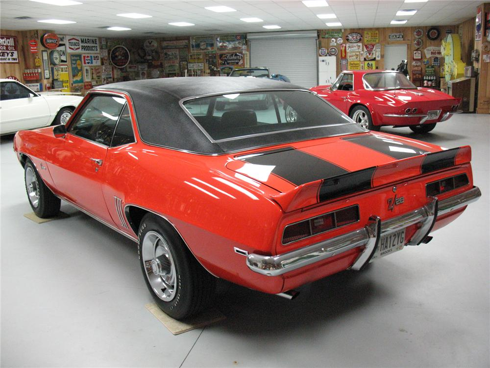 1969 CHEVROLET CAMARO Z/28 COUPE - Rear 3/4 - 75662