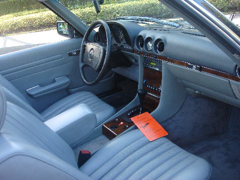 1985 MERCEDES-BENZ 380SL CONVERTIBLE - Interior - 75716