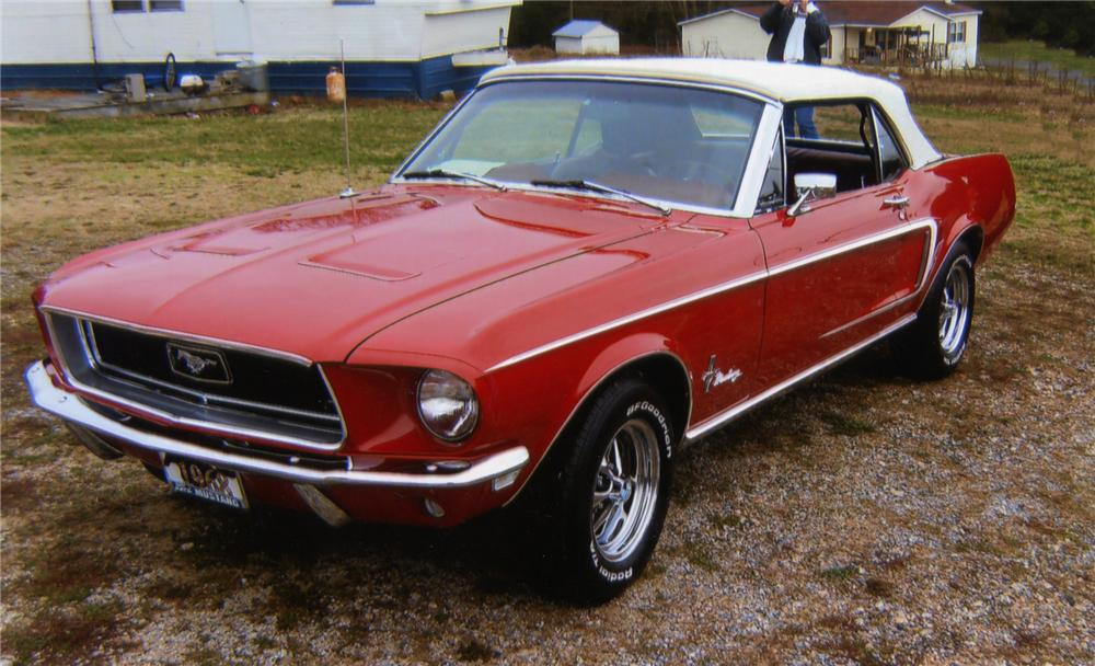 1968 FORD MUSTANG CONVERTIBLE - Front 3/4 - 75719
