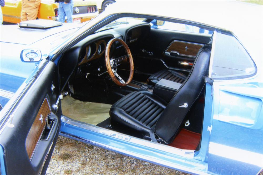1969 FORD MUSTANG MACH 1 FASTBACK - Interior - 75720