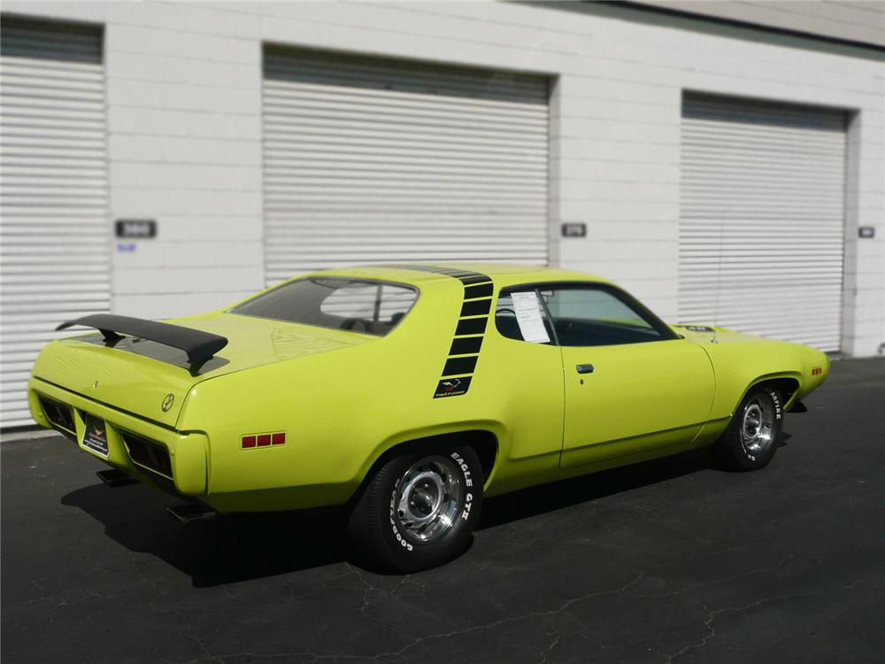 1971 PLYMOUTH ROAD RUNNER COUPE - Rear 3/4 - 79042