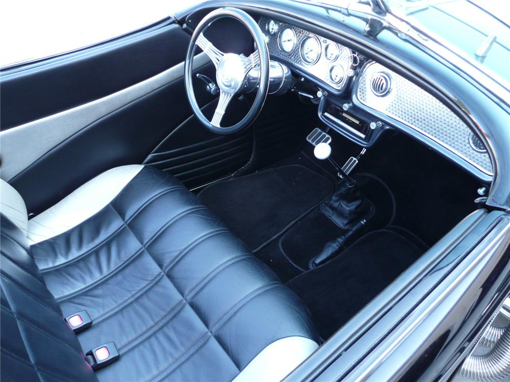 1936 AUBURN BOATTAIL SPEEDSTER REPLICA - Interior - 79046