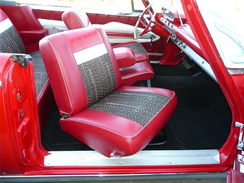 1960 PLYMOUTH FURY CONVERTIBLE - Interior - 79049