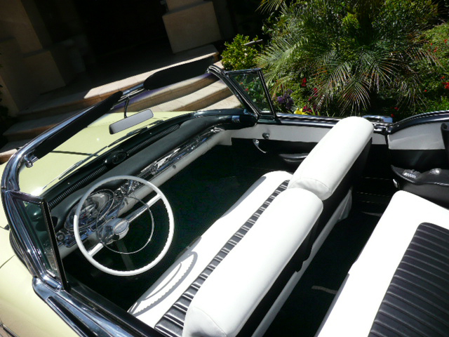 1957 OLDSMOBILE 98 STARFIRE CONVERTIBLE - Interior - 79052