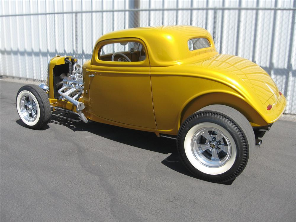 1933 FORD 3 WINDOW CUSTOM COUPE - Rear 3/4 - 79065
