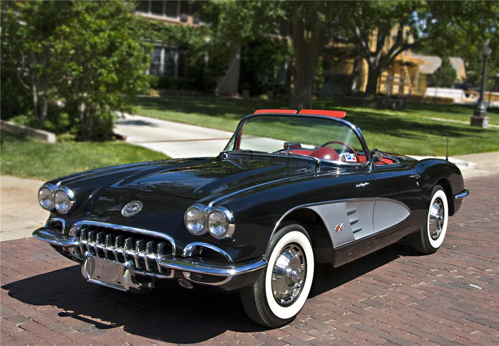1960 CHEVROLET CORVETTE CONVERTIBLE - Front 3/4 - 79086