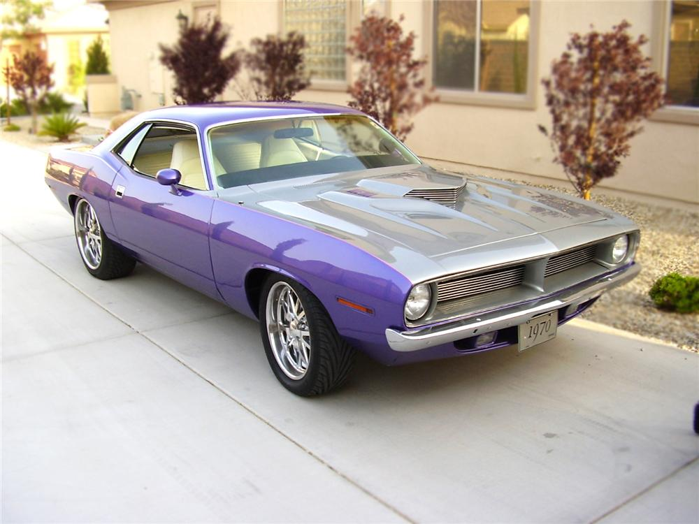 1970 PLYMOUTH BARRACUDA CUSTOM 2 DOOR COUPE - Front 3/4 - 79097
