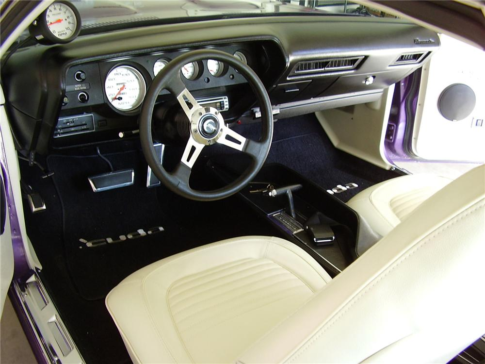 1970 PLYMOUTH BARRACUDA CUSTOM 2 DOOR COUPE - Interior - 79097