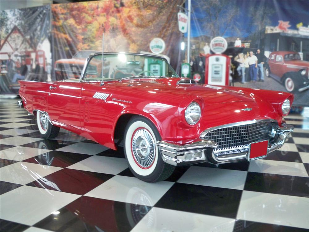 1957 FORD THUNDERBIRD CONVERTIBLE - Front 3/4 - 79104