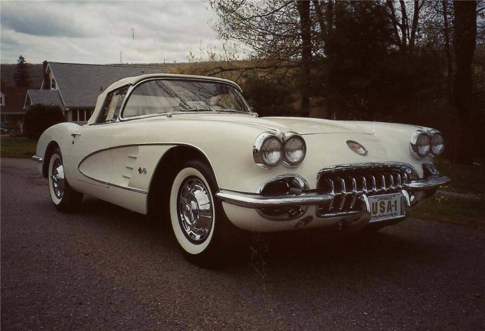 1959 CHEVROLET CORVETTE CONVERTIBLE - Front 3/4 - 79117