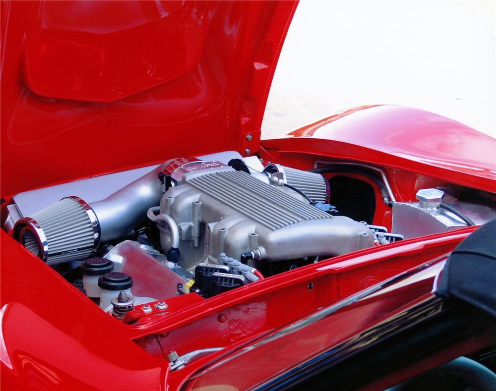 1968 CHEVROLET CORVETTE CUSTOM ROADSTER - Engine - 79118