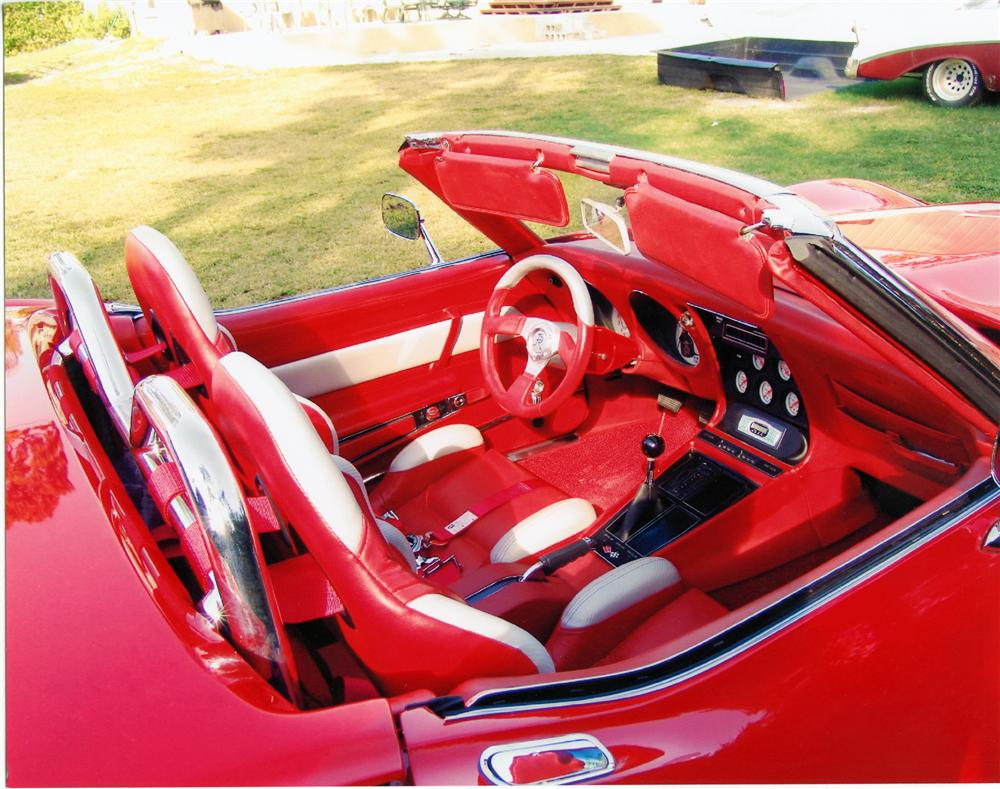 1968 CHEVROLET CORVETTE CUSTOM ROADSTER - Interior - 79118