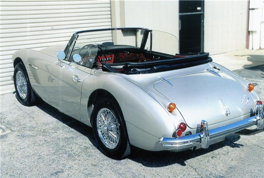 1967 AUSTIN-HEALEY 3000 MARK III BJ8 SPORTS CONVERTIBLE - Rear 3/4 - 79122