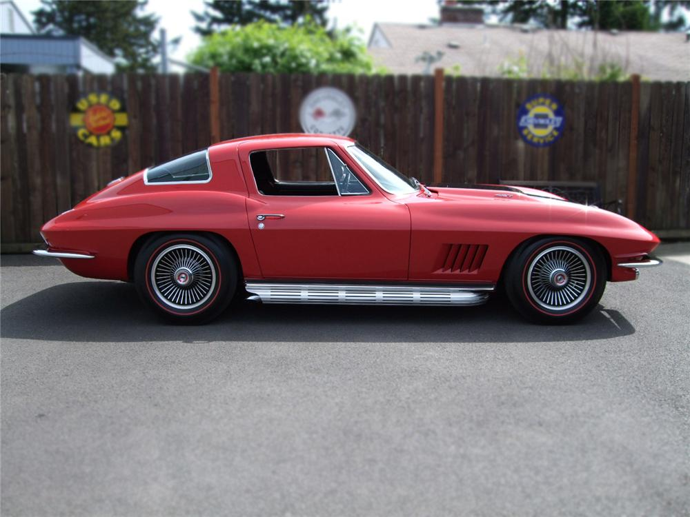 1967 CHEVROLET CORVETTE COUPE - Side Profile - 79129