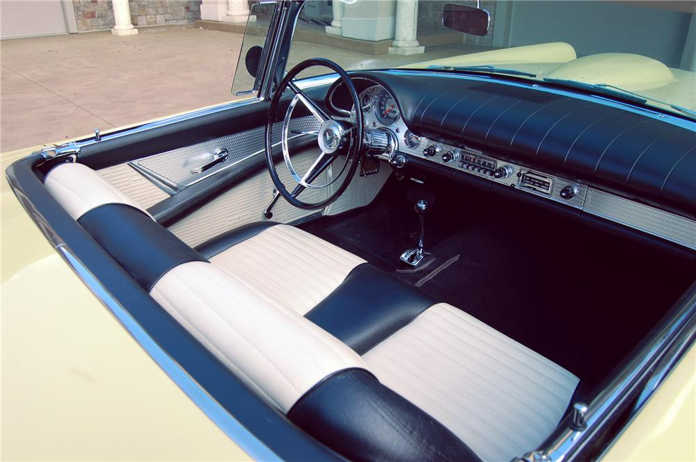1957 FORD THUNDERBIRD CONVERTIBLE - Interior - 79149