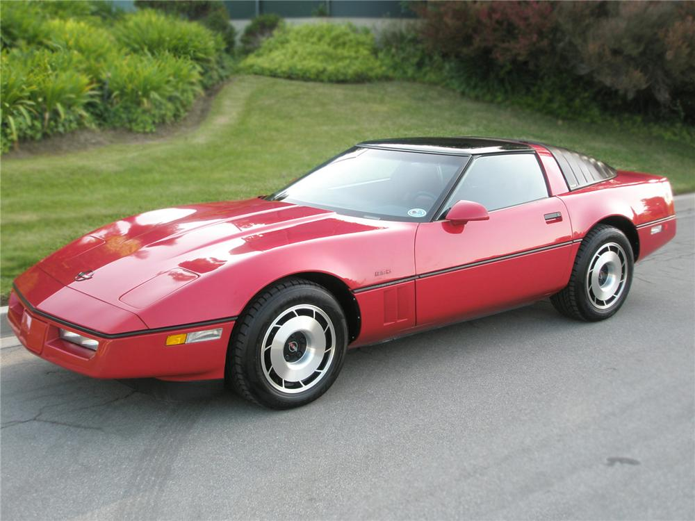 1985 CHEVROLET CORVETTE COLLECTOR EDITION 2 DOOR COUPE - Front 3/4 - 79152