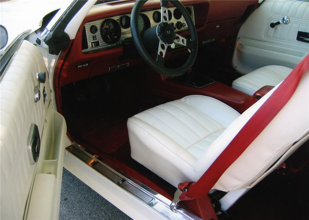 1976 PONTIAC FIREBIRD TRANS AM HARDTOP COUPE - Interior - 79168