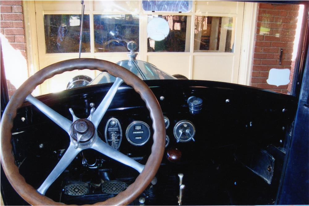 1927 BUICK 4 DOOR SEDAN - Interior - 79178