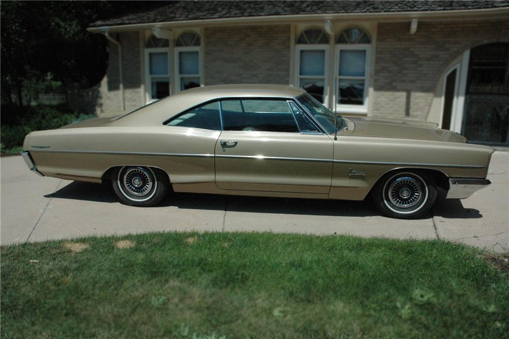 1966 PONTIAC CATALINA 2 DOOR HARDTOP - Side Profile - 79183